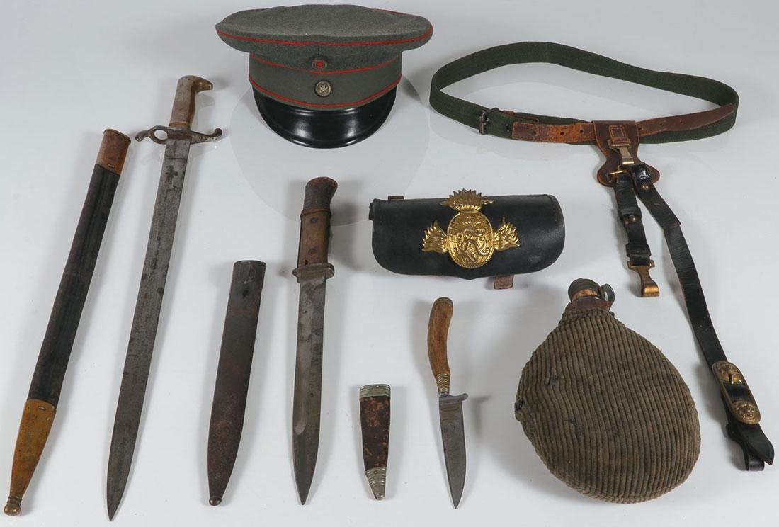A GROUP OF MOSTLY GERMAN MILITARIA, WWI & EARLIER