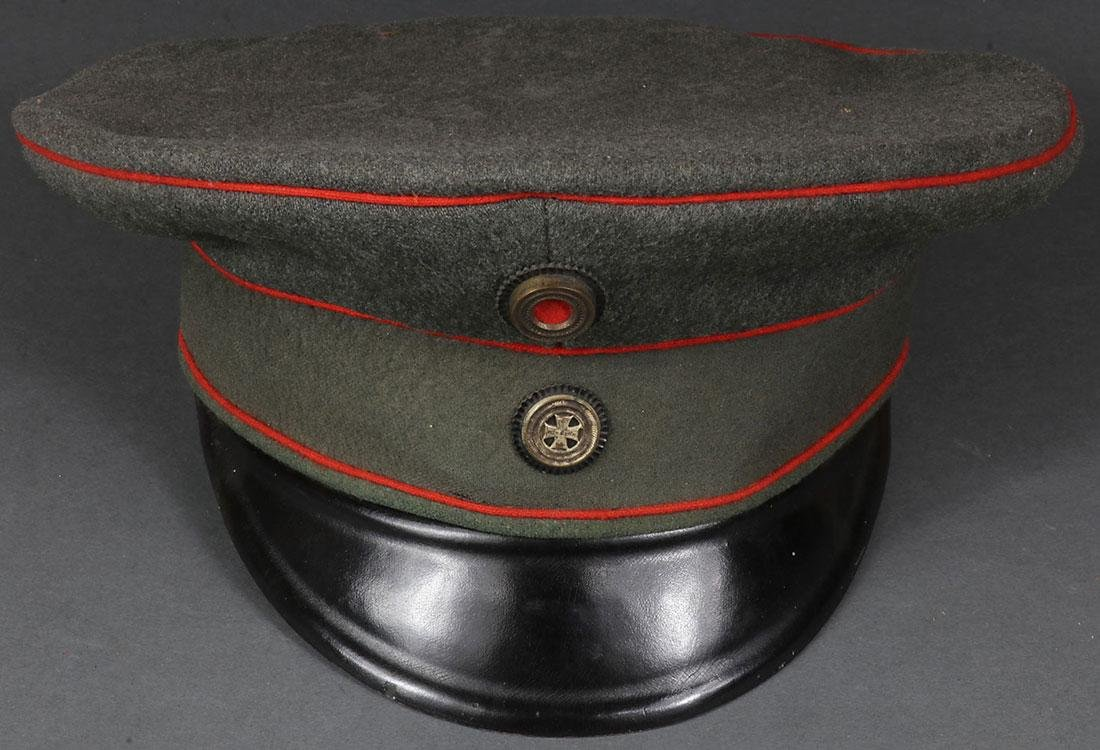 A GROUP OF MOSTLY GERMAN MILITARIA, WWI & EARLIER - 2