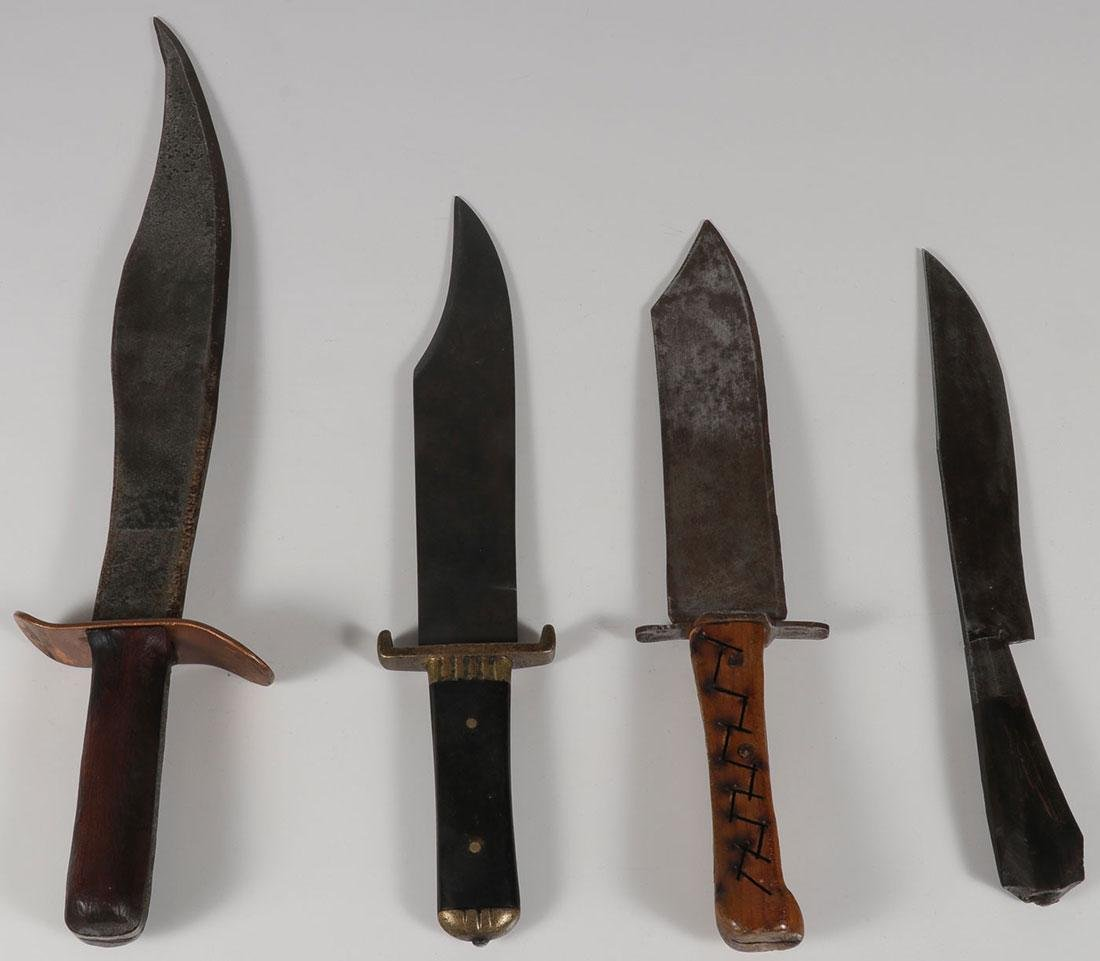 A GROUP OF FOUR KNIVES, 20TH CENTURY