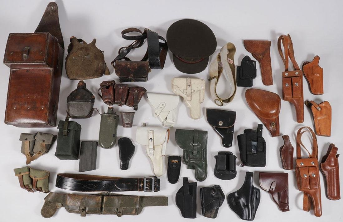 THIRTY MILITARY OR FIREARM RELATED ITEMS