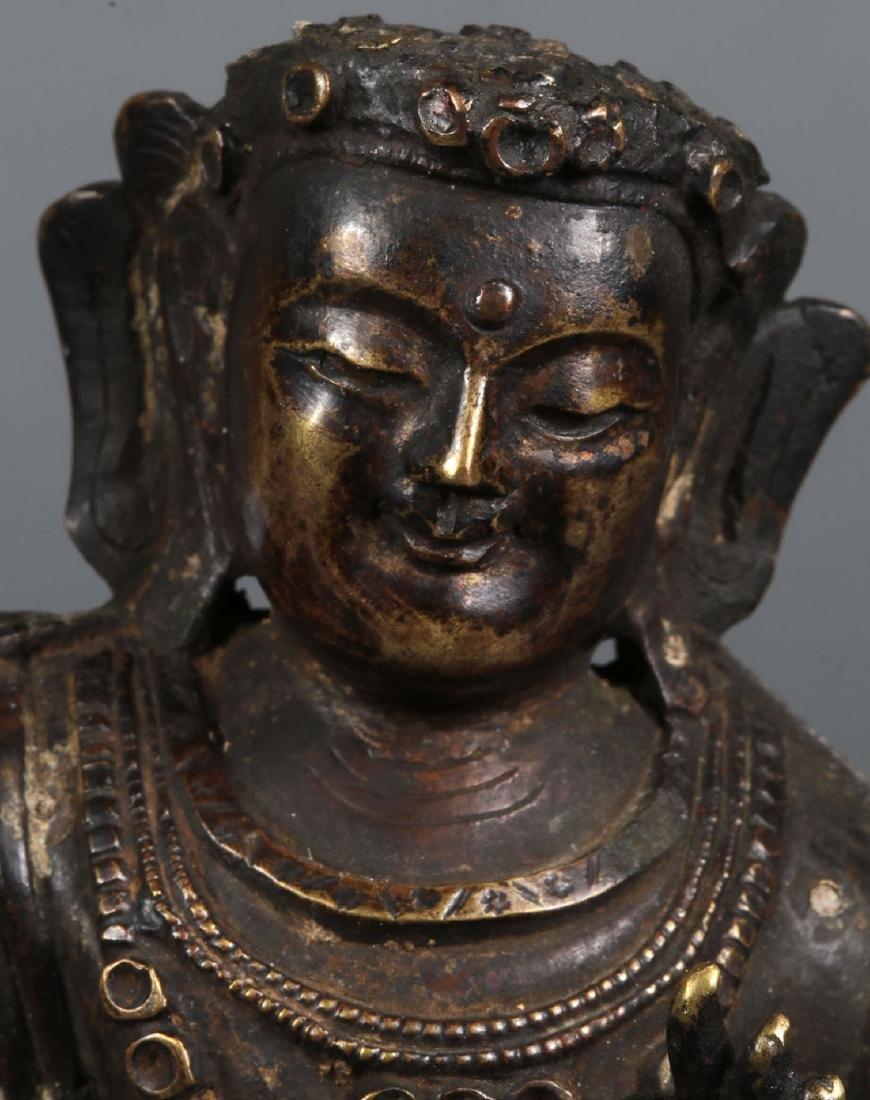 A PAIR OF SINO-TIBETAN BRONZE BUDDHIST DEITIES - 3