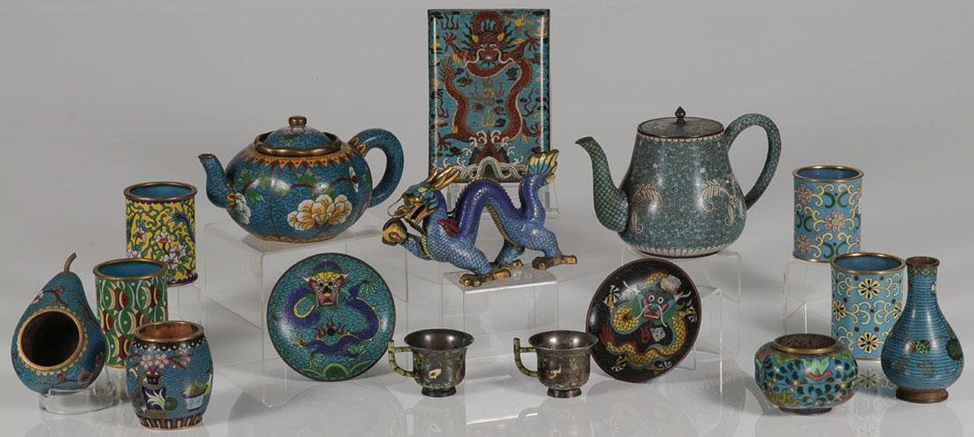 SIXTEEN PIECE GROUP OF CHINESE CLOISONNÉ ENAMEL