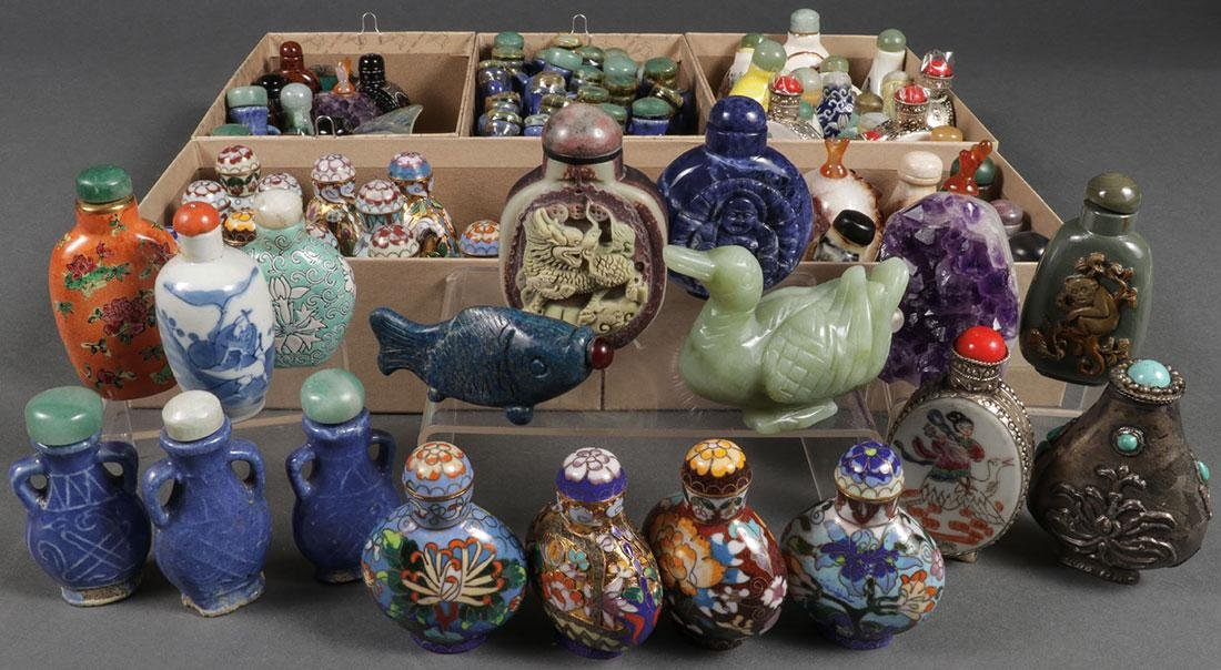 A LARGE GROUP OF NINETY CHINESE SNUFF BOTTLES
