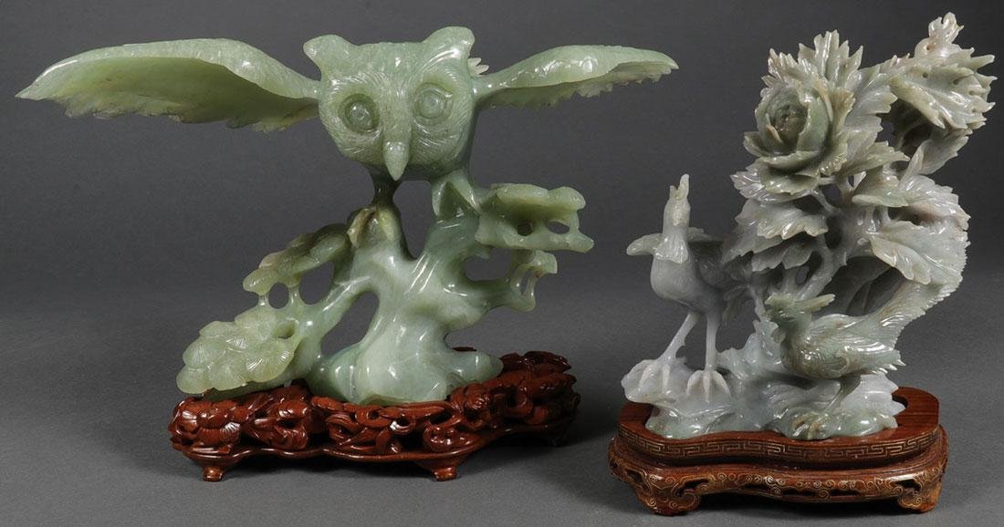GROUP OF CHINESE CARVED JADE AND JADEITE FIGURES