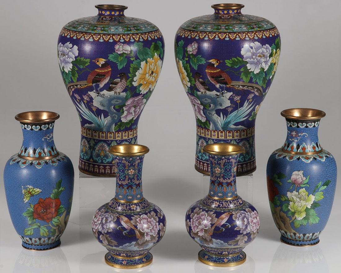 THREE PAIRS OF CHINESE CLOISONNÉ ENAMEL VASES