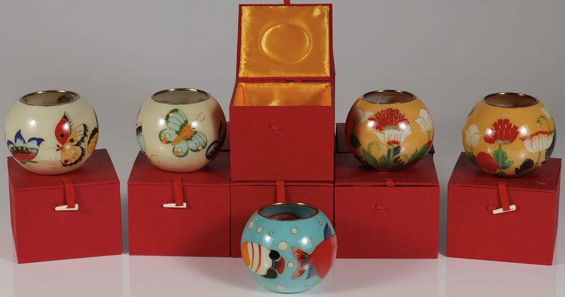 TEN CHINESE CASED TRANSLUCENT ENAMEL BOWLS
