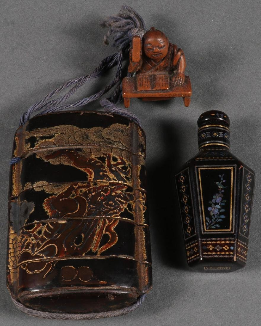 A JAPANESE LACQUER INRO AND CHINESE SNUFF BOTTLE