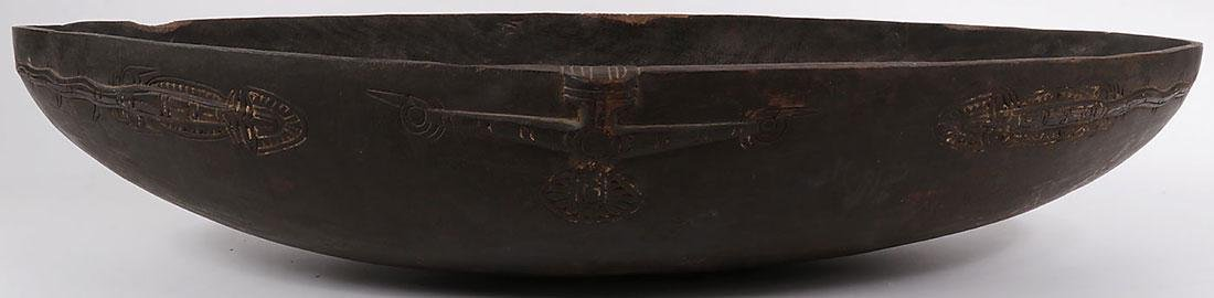A PAIR OF CARVED WOOD TAMI ISLAND FEAST BOWLS - 3