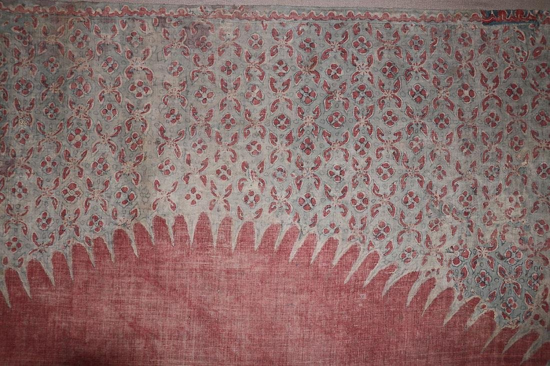 A LARGE DYED AND PAINTED SARASA/DODOT TEXTILE - 5