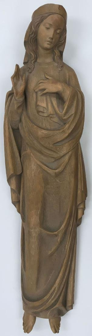 A CARVED WOOD FIGURE OF THE VIRGIN