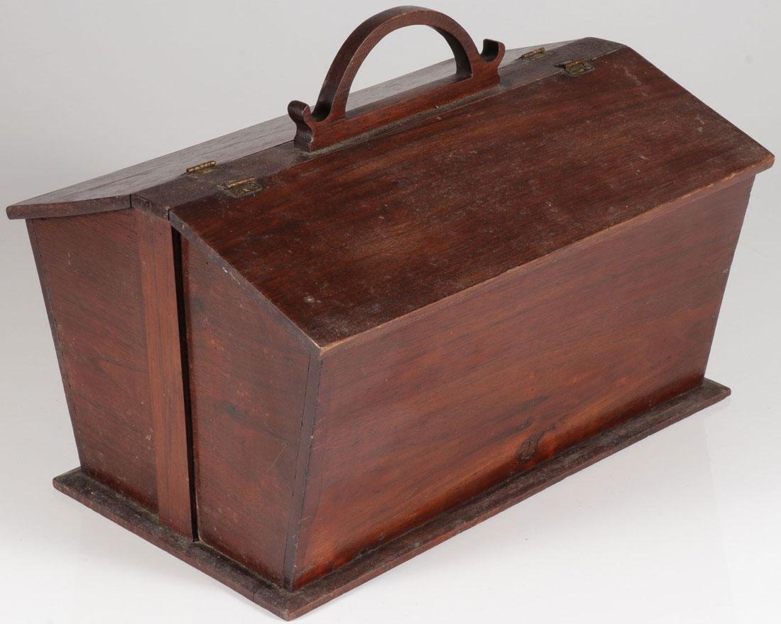 AN AMERICAN MAHOGANY SEWING BOX, 19TH C.