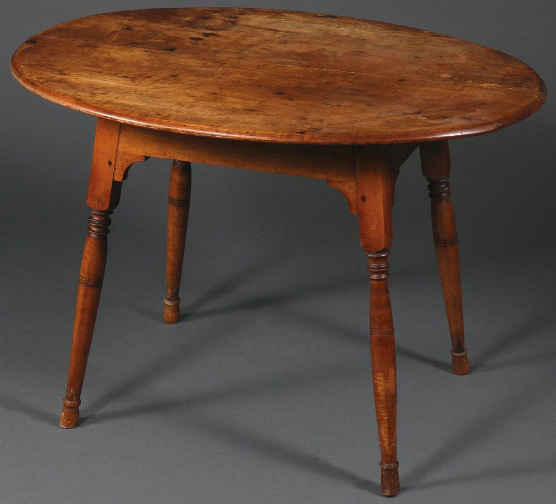 AN OVAL MAPLE CHILDS TABLE, 19TH CENTURY