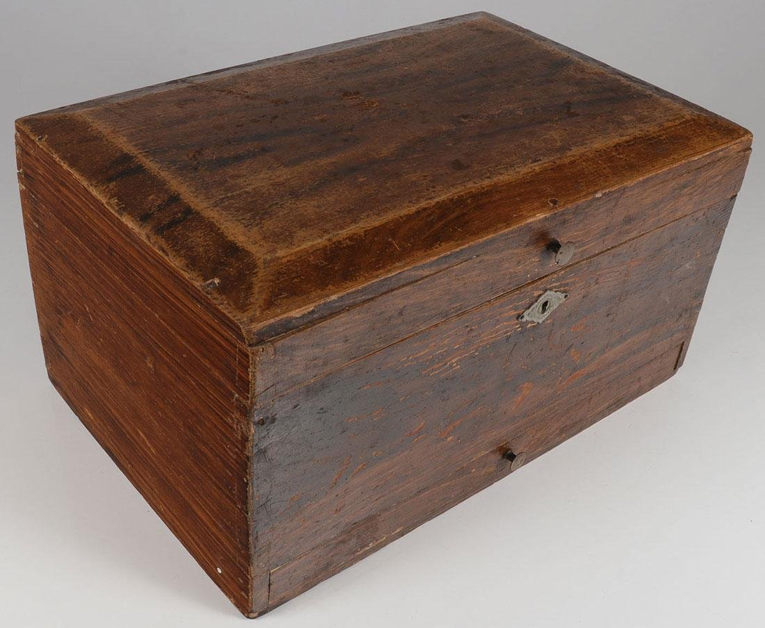 A GOOD GRAIN PAINTED PINE SUGAR BOX, 19TH CENTURY