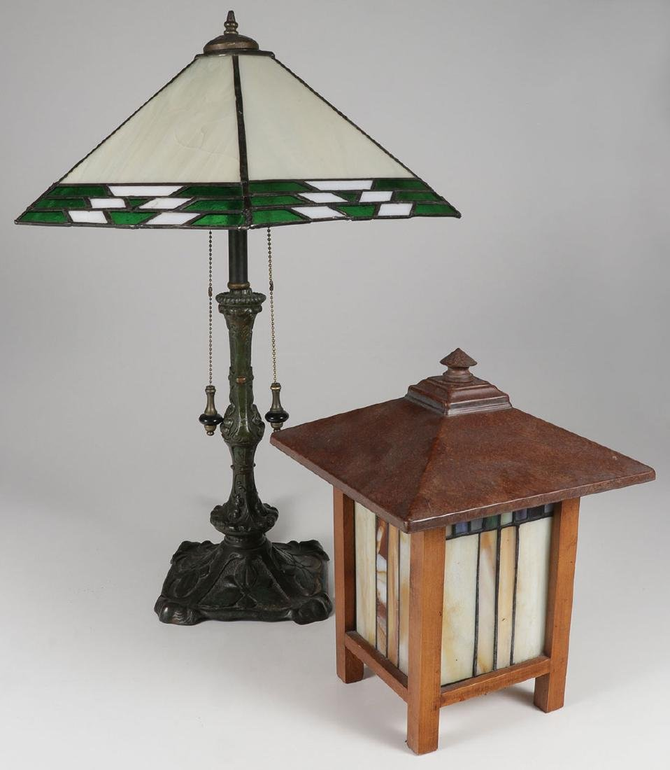 A PAIR OF ARTS AND CRAFTS STYLE LAMPS, 20TH C.