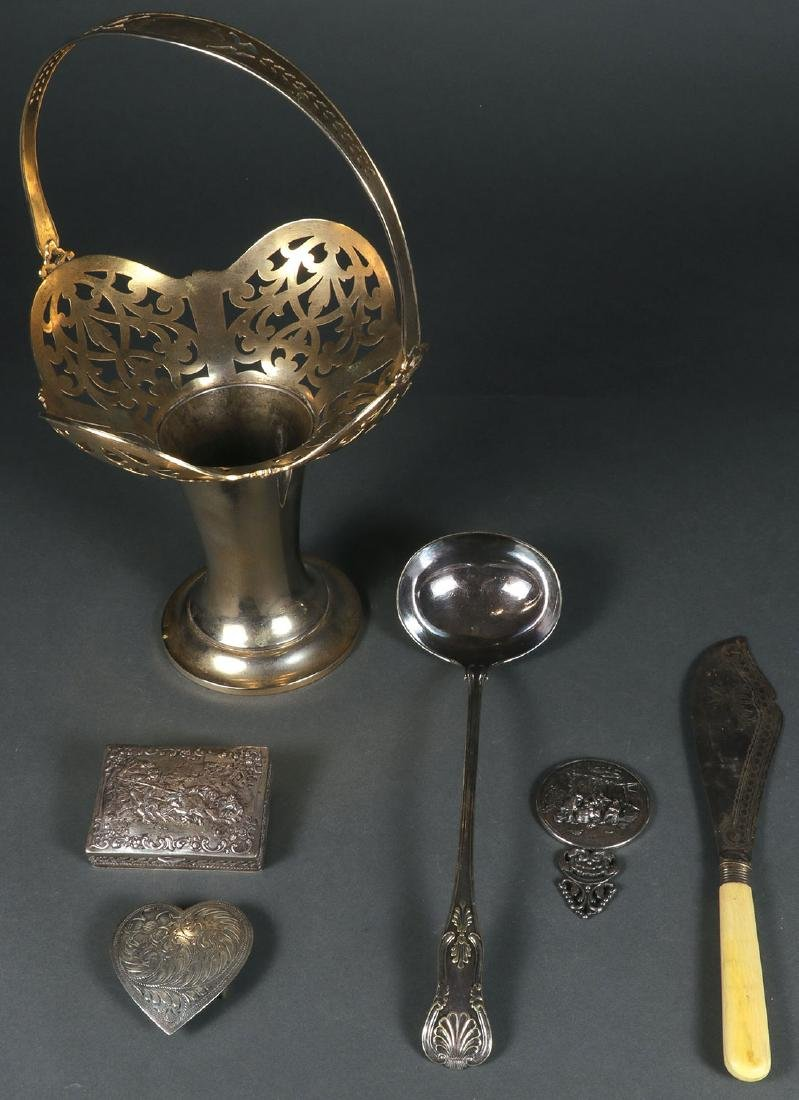 A GROUP OF SILVER AND SILVER PLATE 19TH/20TH C.