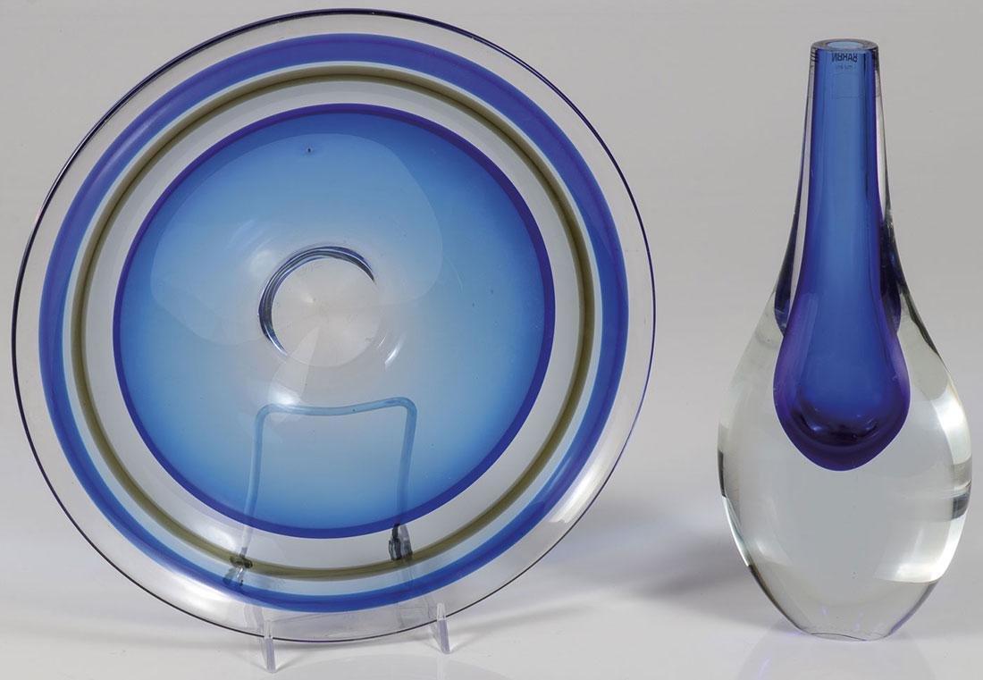 A BARBINI MURANO GLASS VASE