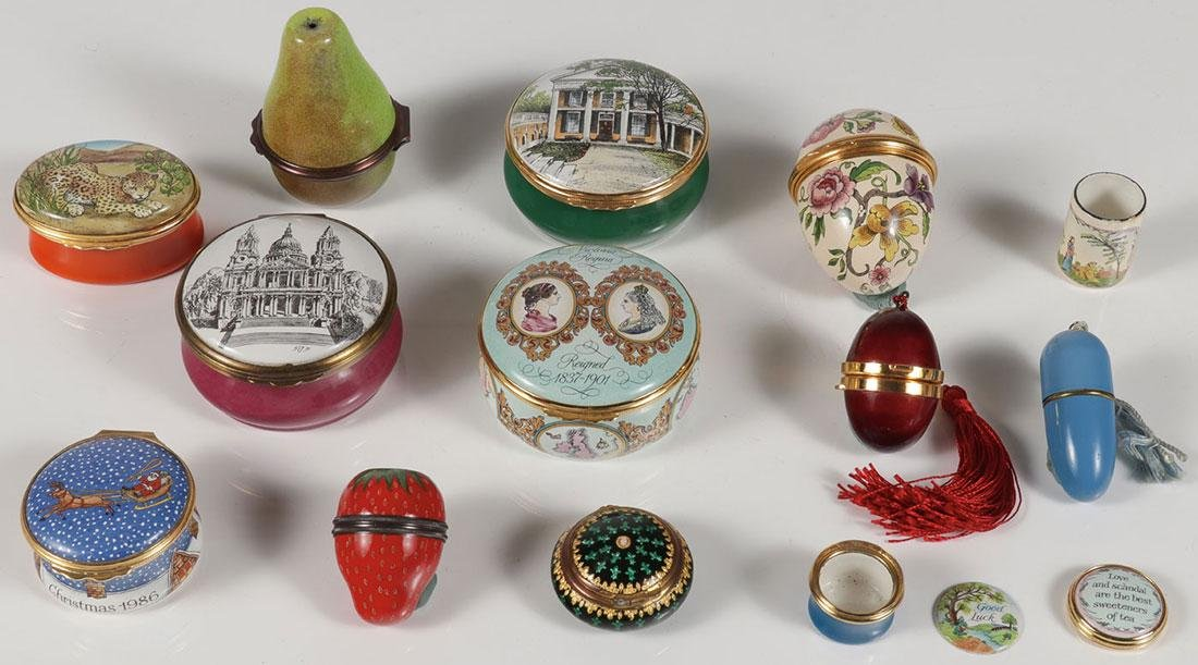 A GROUP OF TWELVE ENAMELED BOXES