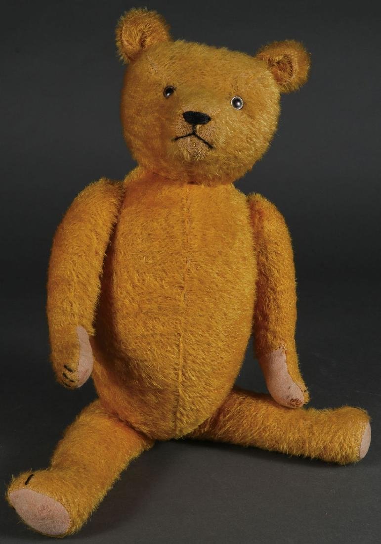 A LARGE MOHAIR HUMPBACK TEDDY BEAR, CIRCA 1900