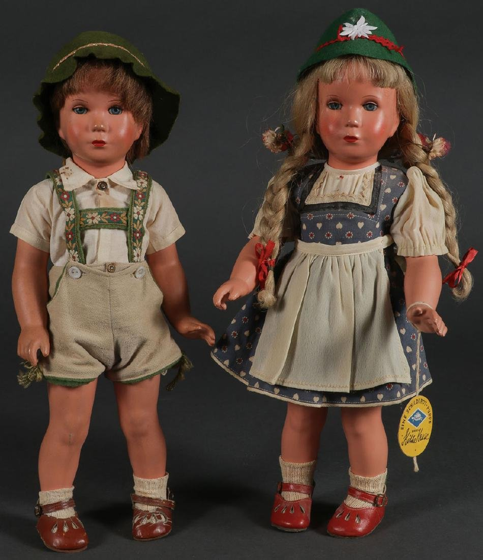 A PAIR OF KATHE KRUSE DOLLS, MODEL T40, C. 1954