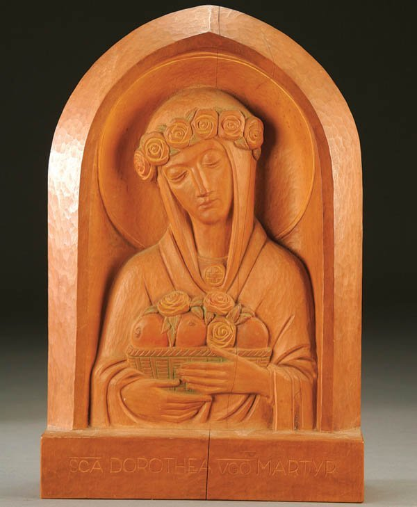 690: WOOD SCULPTURE: AN ART DECO PERIOD CARVED RELIEF