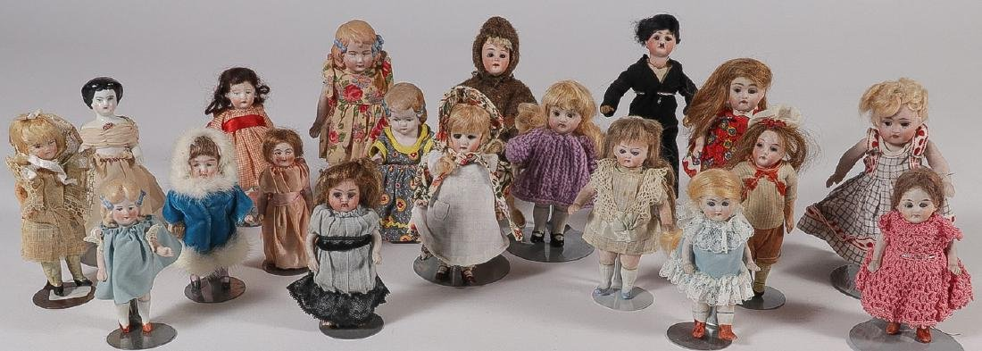 35 BISQUE AND CHINA DOLLS, 19TH CENTURY