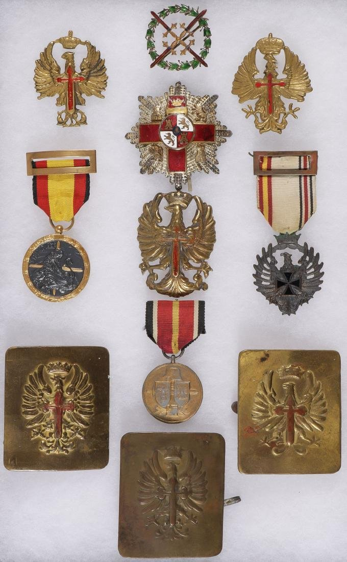 WWII & FRANCO SPANISH CIVIL WAR INSIGNIA