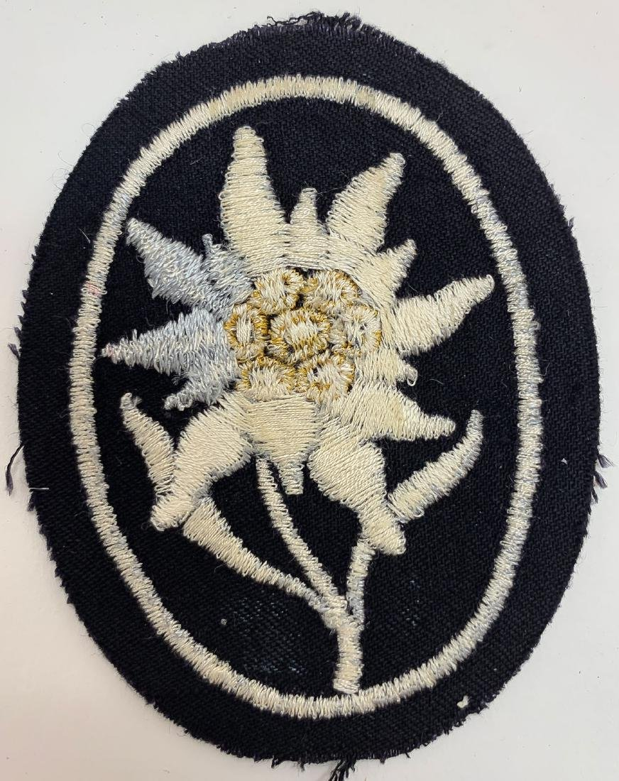GERMAN WWII SS CLOTH INSIGNIA - 8