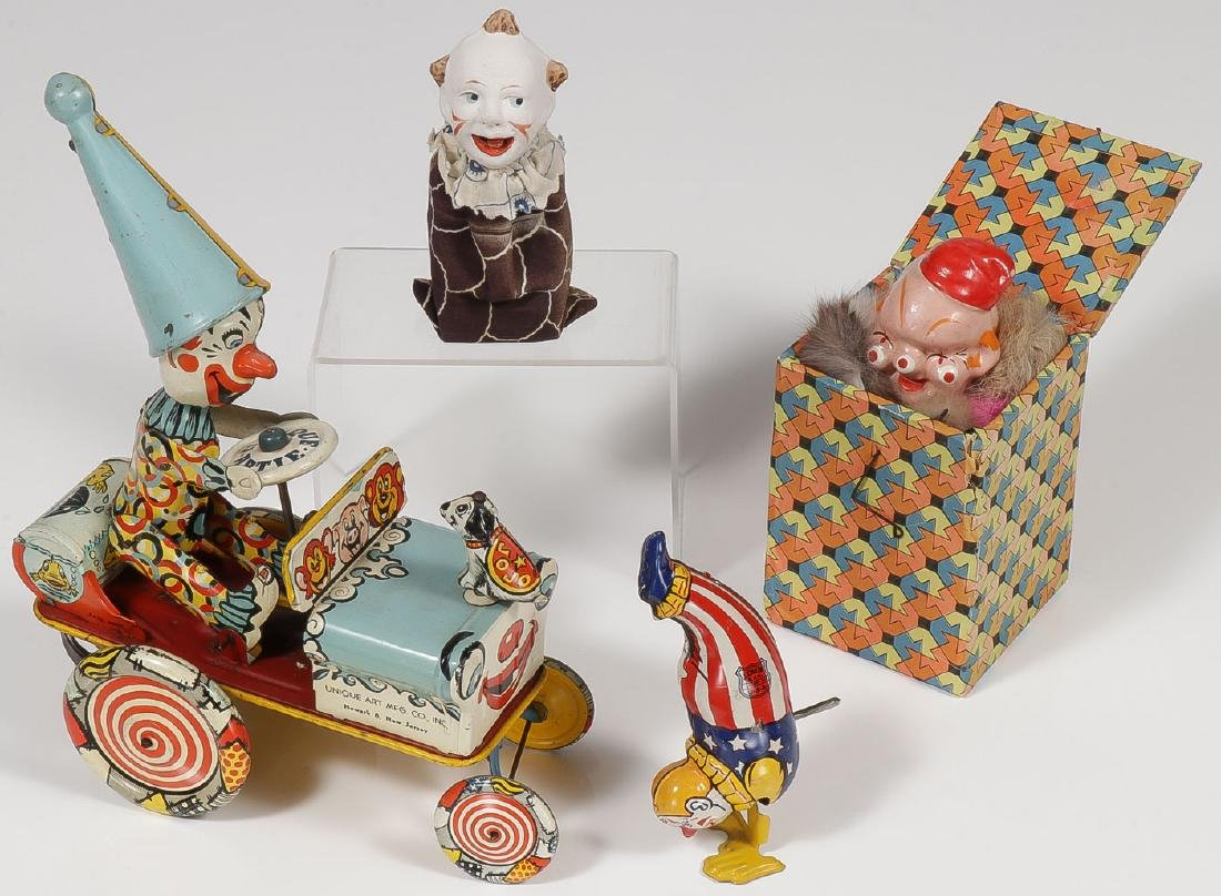 GROUP OF VINTAGE CLOWN TOYS, C 1900-1950