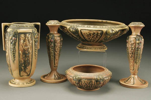17: 5-PIECE GROUPING OF ROSEVILLEF FLORENTINE POTTERY