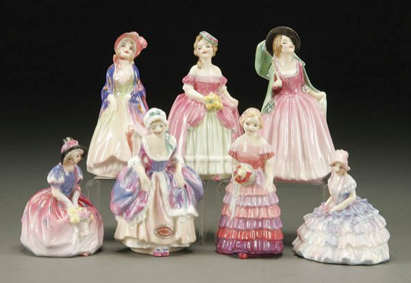 337: A 7-PIECE GROUPING OF ROYAL DOULTON FIGURINES of