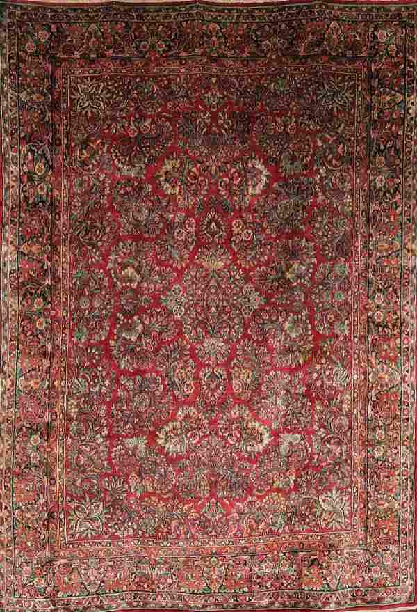 664: A GOOD PERSIAN SAROUK CARPET circa 1940's, hand w