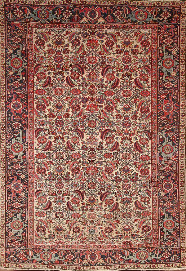 670: A PERSIAN SAROUK CARPET circa 1940's, hand woven