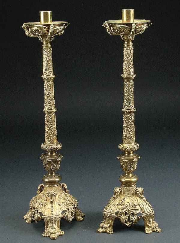 675: A FINE PAIR OF FRENCH GILT BRONZE CANDLE STANDS,