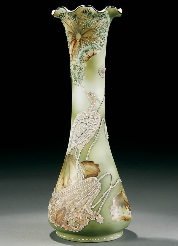 6: A NIPPON MORIAGE VASE
