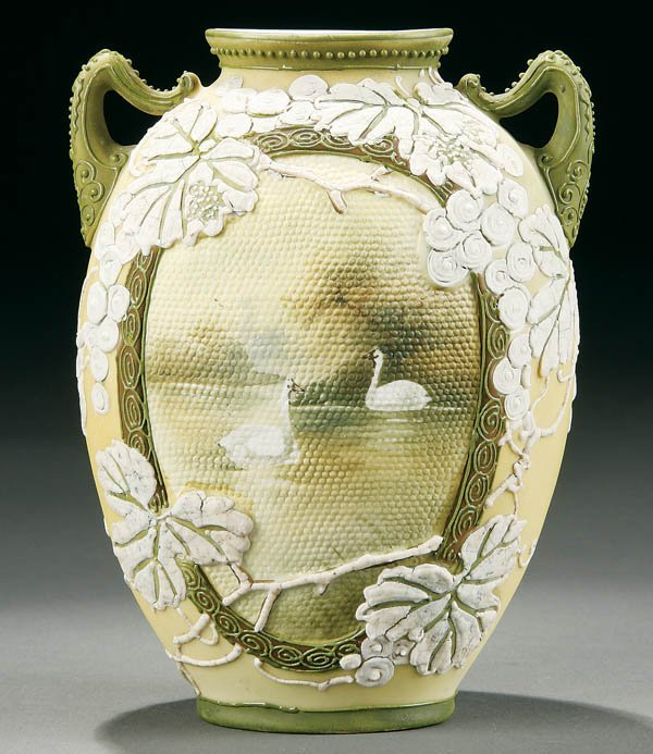 9: A NIPPON MORIAGE AND TAPESTRY VASE
