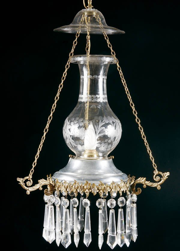 270: AN EARLY AMERICAN CUT GLASS HANGING FLUID LAMP wi