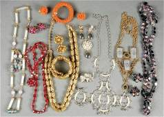 517 A HOBE VINTAGE JEWELRY COLLECTION 12 pieces 20th