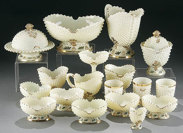 "15: NORTHWOOD ""NAUTILUS SHELL"" CUSTARD GLASS COLLECTI"