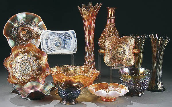 22: 12-PIECE CARNIVAL GLASS COLLECTION early 20th cen