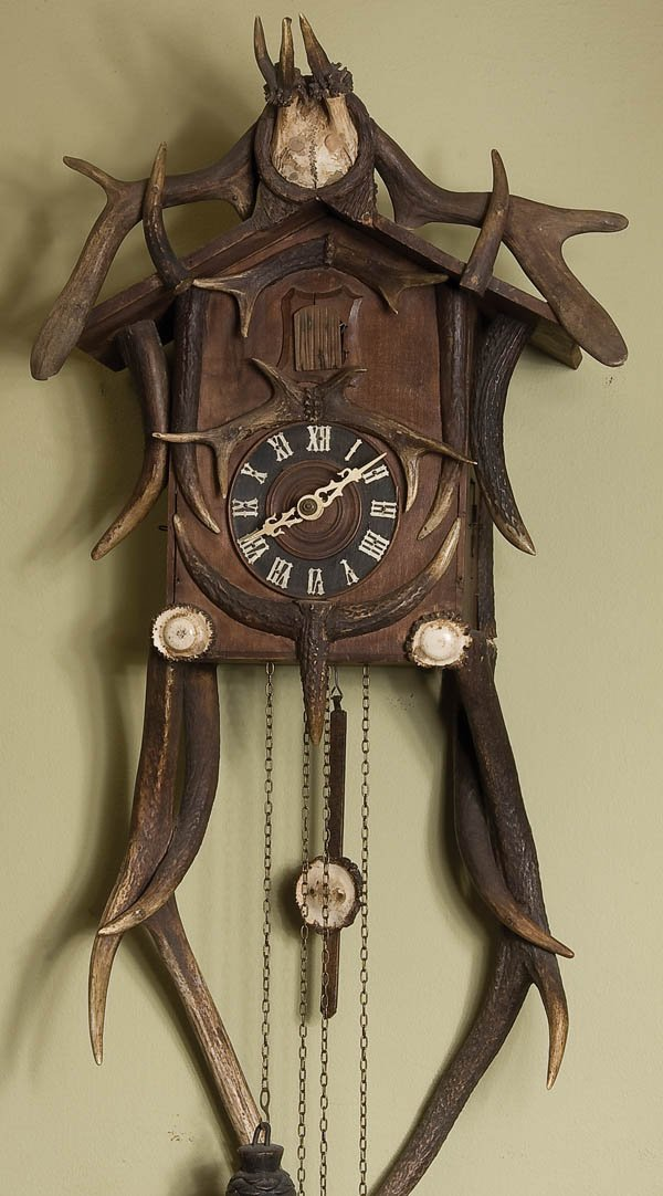 4: GERMAN BLACK FOREST STYLE  CUCKOO CLOCK