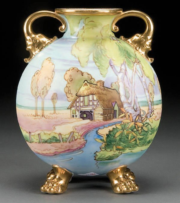 8: A FINE HAND PAINTED NIPPON SCENIC PORCELAIN VASE