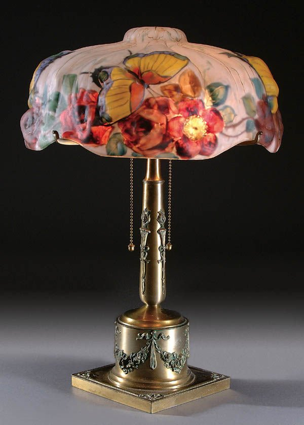 2: A FINE PAIRPOINT PUFFY TABLE LAMP, circa 1910, 13