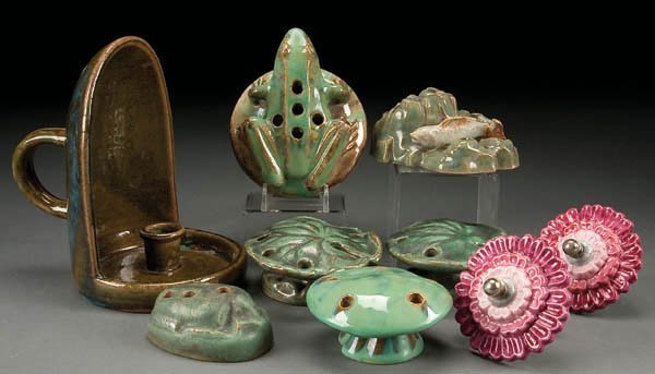 12: A NINE PIECE FULPER POTTERY GROUP early 20th cent