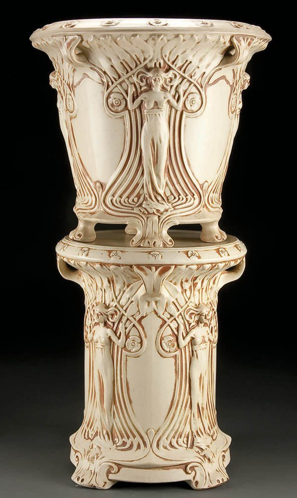 13: A WELLER ''IVORY'' ART POTTERY JARDINIERE AND PED