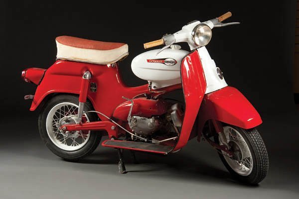 605: A 1966 SEARS ALLSTATE ''COMPACT'' MOTOR SCOOTER M