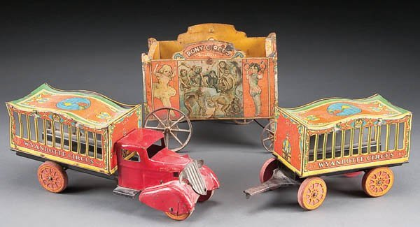 617: A WYANDOTTE CIRCUS TRUCK AND WAGON SET #503 with