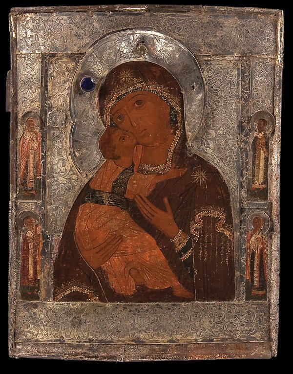 6: A VERY FINE RUSSIAN ICON OF THE MOTHER OF GOD