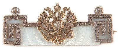415 JEWELRY AN IMPERIAL RUSSIAN BROOCH