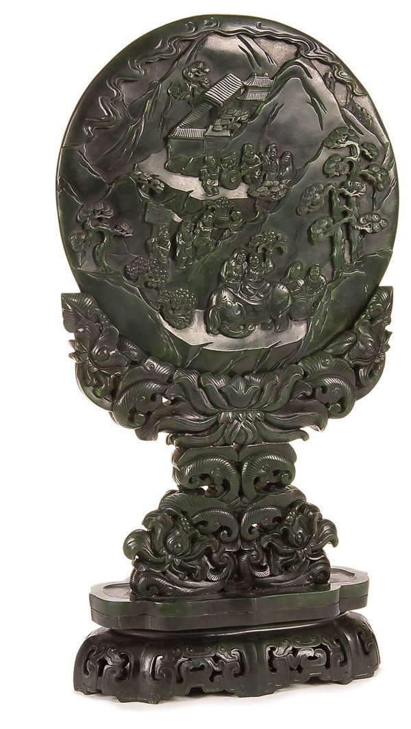 623: A VERY FINE CHINESE CARVED JADE TABLE SCREEN