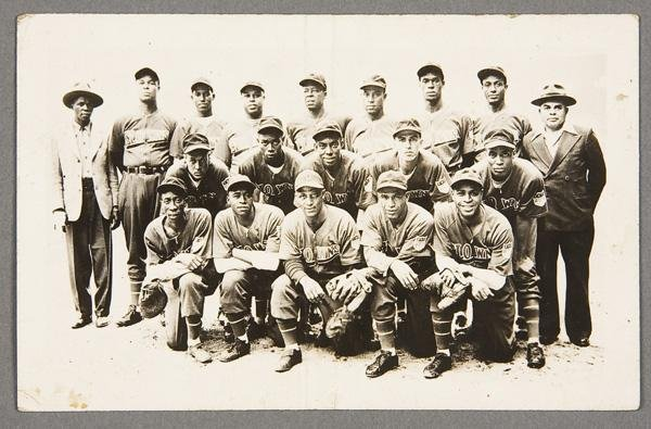 8: BLACK MEMORABILIA: BASEBALL REAL PHOTO POSTCARD